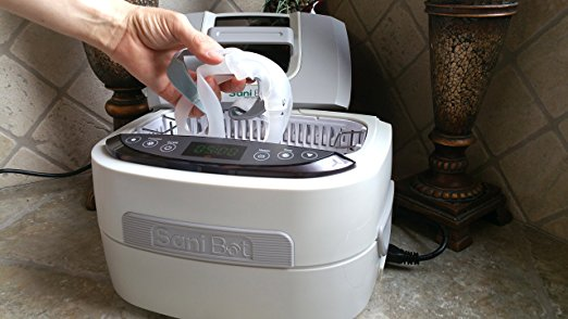 sani Bot CPAP Cleaner